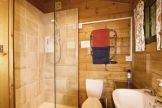 Shower room in Piilopirti self catering cottage near the New Forest
